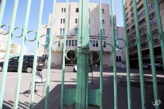 إضراب شامل في الوزارات والمرافق الحكومية بغزة - تصوير/ علاء السراج