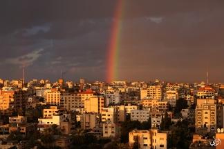 صور لقوس قزح في سماء مدينة غزة. تصوير | عطية درويش